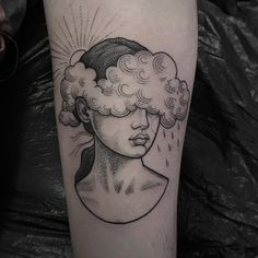 Sleeve Tattoos for Women - Ideas and Designs for Girls - Rose tattoos typically symbolize love and beauty. Now, let's go deeper about what they actually m - Head Tattoos, Mini Tattoos, Rose Tattoos, Body Art Tattoos, Tatoos, Rain Tattoo, Storm Tattoo, Tattoo Old School, Tatuagem Old Scholl