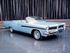 1963 Pontiac Bonneville Palm Springs Automobilist WORLD OF COLOR- BLUE GREENS- 1963 Bonneville Maharani. Via Kevin H