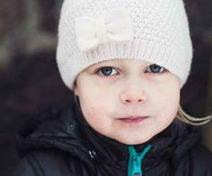 Tunne- ja kaveritaitokortit | Suomen Mielenterveysseura Aspergers, Occupational Therapy, Behavior, Winter Hats, Classroom, Feelings, School, Peda, Behance