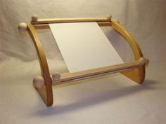 embroidery frame stand - Buscar con Google