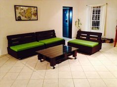 Super freakin awesome!! These pallet couches look so amazing. Id love to make some like these one day
