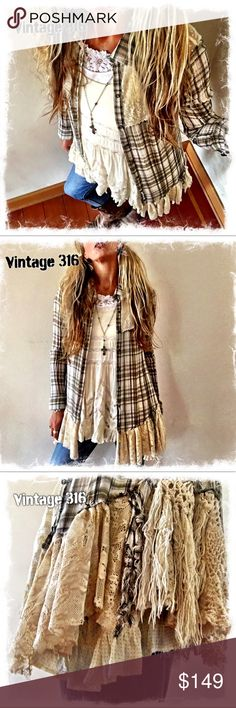 Altered-Upcycled Free People Plaid Lace Yolk Super Sweet Gauzy Plaid with Antique Crochet & Fringe. Redo Clothes, Sewing Clothes, Umgestaltete Shirts, Flannel Shirts, Boho Outfits, Vintage Outfits, Free People, Altered Couture, Shirt Refashion