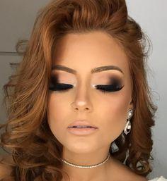 "5,228 Likes, 66 Comments - Luciane Marinho Makeup (@lucianemarinhomakeup) on Instagram: ""Uaaal ✨ Delineado esfumado INFORMAÇÕES SOBRE MEUS CURSOS VIP…"""