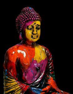 Buda y su fiesta de colores.