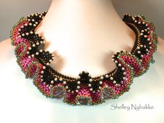 Just Call Me Curvey Necklace Tutorial pdf Instructions ONLY Beading Tutorials, Beading Patterns, Beading Projects, Seed Bead Necklace, Seed Beads, Layer Necklace, Crochet Necklace, Ruffle Beading, Right Angle Weave