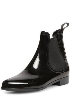 Black gusset chelsea welly