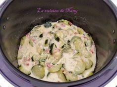 Une recette très simple que je faisais avant dans une casserole donc une longue cuisson mais maintenant avec le Cookéo ca prends que quelques minutes. Ingrédients: *Pour 4 personnes environ: 3 courgettes de taille moyennes 100 gr de lardons fumés 1/2...