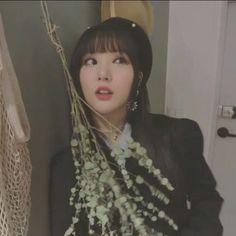 South Korean Girls, Korean Girl Groups, Role Player, G Friend, Iconic Women, Korean Singer, Kpop Girls, Babies, Princesses