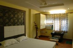 Super Deluxe Room at Hotel Ishwar Palace in Jaipur, India on #iDealSmarter