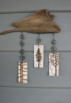 Three Trees - Mobile/Wall Hanging - Woodburning on Birch. You could do this with driftwood too Wood Burning Crafts, Wood Burning Art, Beach Crafts, Diy And Crafts, Arts And Crafts, Driftwood Projects, Driftwood Art, Porte Photo Mural, Birch Bark Crafts