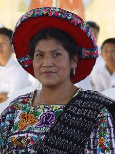 traditional Guatemalan clothing. www.coeduc.org #Guatemala #indigenous
