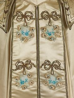 Evening dress  Rouff ca 1895 This is a clear example of the love for reinterpreting the 18th-century aesthetic which prevailed in the Belle Époque