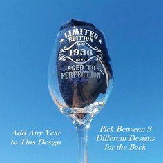 Birthday Wine Glass 21st Birthday Wine Glass Design di TipsyGifts