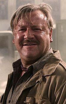"George ""Mac"" McHale (Ray Winstone)"