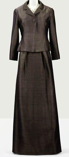 Balenciaga - Haute Couture - Tailleur du Soir Jupe Longue, Veste et Blouse - Shantung Chocolat 'Van Dyck' et Broderies de la Maison Rébé - 1962