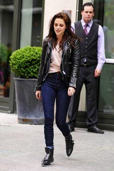 Kristen Stewart in Nobody Denim Cult skinny jeans    http://www.stanwells.com/jeans-1/nobody-denim-stanwells-com