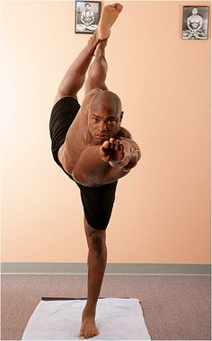 SI.com - Photo Gallery - Tony Parrish's Yoga Workout