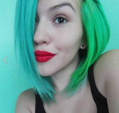 We think Montserrat Cespedes Morera found the perfect trio of colors! Even against an equally turquoise background can you see the gorgeous hues in her hair. To get this she used our Atomic Turquoise mixed with Pastel-izer on the left side and Electric Lizard on the right. To get that pretty red pout we suggest our Lethal Lipstick in CS Red!