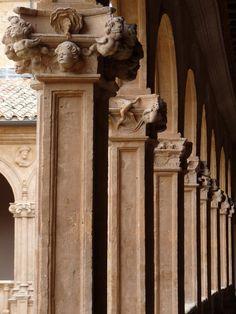 columns+in+cloister+of+Convento+de+San+Esteban,+Salamanca