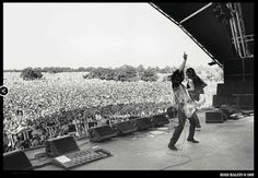 MAGE MUSIC: 25 June 1995 Page & Plant - Unledded Tour, Glastonbury Festival (Photo Ross Halfin)