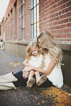 This beautiful collection of Mommy & Me photos shows just how lovely a neutral colored wardrobe can look in photos