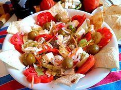 Salata greceasca Caprese Salad, Tacos, Ethnic Recipes, Food, Essen, Meals, Yemek, Insalata Caprese, Eten