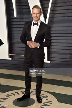 Actor Sam Heughan attends the 2017 Vanity Fair Oscar Party hosted by Graydon Carter at Wallis Annenberg Center for the Performing Arts on February 26, 2017 in Beverly Hills, California.  (Photo by Alberto E. Rodriguez/WireImage)