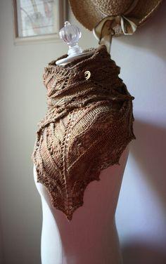 Ravelry: Joyeux Shawlette pattern by Brenda Lavell