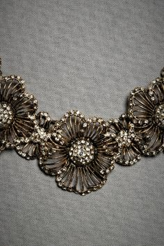 this is so beautiful! I seriously would die if I could wear this at my wedding.