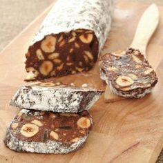 Chocolate log with hazelnuts (Mosaiko) - iCookGreek Greek Sweets, Greek Desserts, Greek Recipes, Chocolate Log, Chocolate Desserts, Chocolate Heaven, Greek Cake, Cookie Recipes, Dessert Recipes
