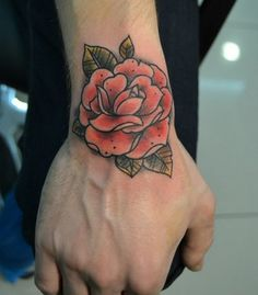 tatouage Roses New-School