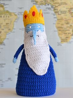 The Ice King from Adventure Time - Free Amigurumi Pattern here: http://www.popsdemilk.com/the-nice-king/