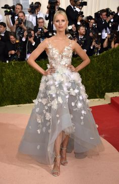 Pin for Later: See Every Stunning Met Gala Arrival Karolina Kurkova Wearing Marchesa gown and Graziela Gems jewellery.