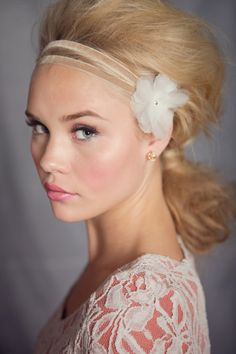 Makes me want to go blond again (oh and have blue eyes and plump lips and flawless skin. But i'd take blond to start.)