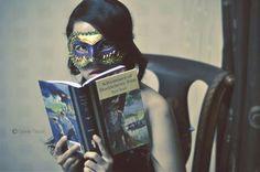 O cão que comeu o livro...: No Carnaval mascaramo-nos para ler! / At Carnival ...