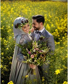Pinterest @adarkurdish Hijabi Wedding, Muslim Wedding Dresses, Muslim Brides, Wedding Poses, Wedding Photoshoot, Wedding Couples, Wedding Bride, Dream Wedding, Muslim Couple Photography