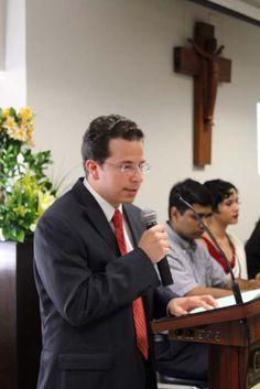 Héctor Diego Medina DIM2012