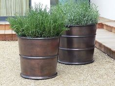 Large outdoor pots gardening full image for garden containers ideas easy pieces bronze planters trees india Cheap Planters, Large Outdoor Planters, Zinc Planters, Raised Garden Planters, Outdoor Pots, Garden Pots, Outdoor Gardens, Planter Pots, Planter Ideas