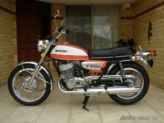BikePics - 1972 Suzuki T 500