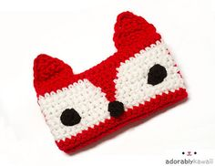 30 Stylish DIY Crochet Phone Cases --> Red Fox Phone Cozy