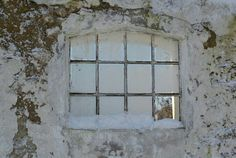 Little stable window