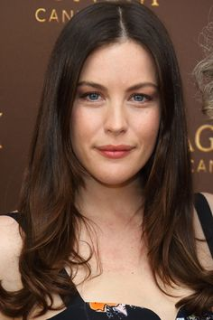10 Ultra-Flattering Long Layer Hairstyles: Liv Tyler