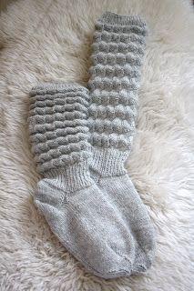 Dzīpari S, tekstila izstrādājumi : Adījumi : Pils iela Alūksne, Alūks& Knitting For Charity, Fingerless Mittens, Knitting Socks, Pullover, Knitting Patterns, Knit Crochet, Slippers, Creative, Blog