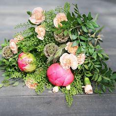 Mukavaa juhannusta! – FLÖR Peltola avoinna tänään vielä 19 asti, pe-su suljettu. Skanssi palvelee vielä huomenna pe 8-12.  #juhannusjuhlaan#kimputjuhlaan#kukkakimppu #kimppu #bouquet #juhannus  #flör#flör2017#florkukkajapuutarha#kukkajapuutarhaflör#kukka#puutarha#turku#love_turku#kissmyturku#flowerstagram#flowerinspo#kukkakauppa#natureinspires#natureinspired Floral Wreath, Wreaths, Home Decor, Decoration Home, Door Wreaths, Room Decor, Deco Mesh Wreaths, Interior Design, Home Interiors
