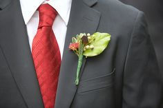Google Image Result for http://www.bridalbuds.com/wp-content/gallery/wedding-boutonierres/Wedding-Boutonniere-Andre%2520Blais.jpg