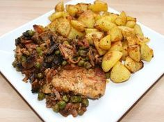 Sertésszelet jóasszony módra recept Fish Recipes, Meat Recipes, Cooking Recipes, Good Food, Yummy Food, Hungarian Recipes, Hungarian Food, Kitchen Aprons, Pork Dishes