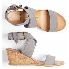 #Farbbberatung #Stilberatung #Farbenreich mit www.farben-reich.com Grey wedge sandals. Stitch fix spring/summer 2016