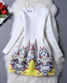 Stylish Floral Vintage Inspired Dress
