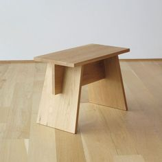 63 Ideas Plywood Furniture Bench Woods For 2019 Bench Furniture, Plywood Furniture, Furniture Projects, Furniture Plans, Rustic Furniture, Furniture Making, Cool Furniture, Living Room Furniture, Furniture Design