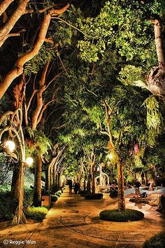 Sentosa Island, Singapore.    http://singaporeholidayguide.com/sentosa-island-holidays/